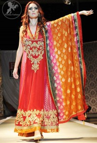 Deep-red-and-shocking-pink-Mendi-wear-frock
