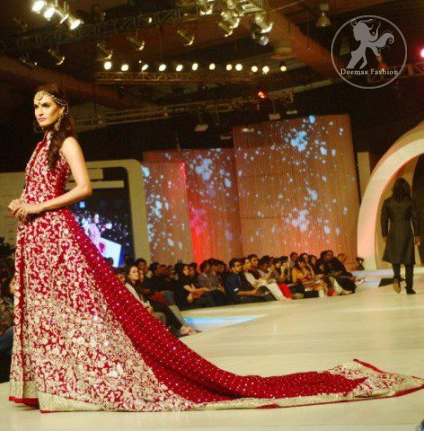 Deep bridal wear red front open back trail gown or pishwas