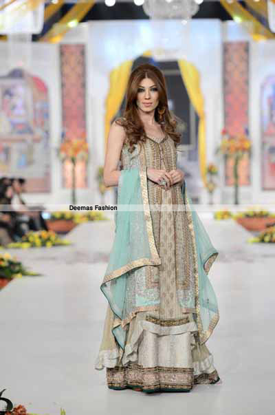 Pistacho Green Gown Back Trail Frock Lehnga2