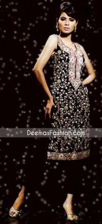Pakistani Ladies Wear – Black & White Embroidered Dress