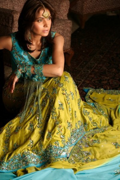Ferozi Yellow Lehnga